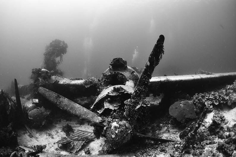 Chuuk Wreck plane-s