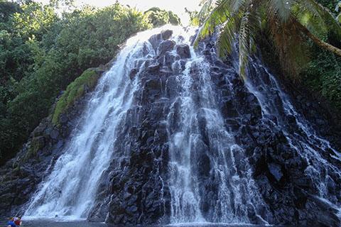 Pohnpei waterfall _1 480